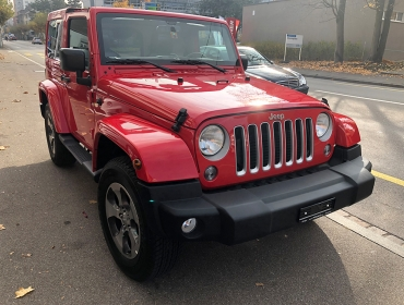 Verkaufte Autos Jeep_red_1.jpg